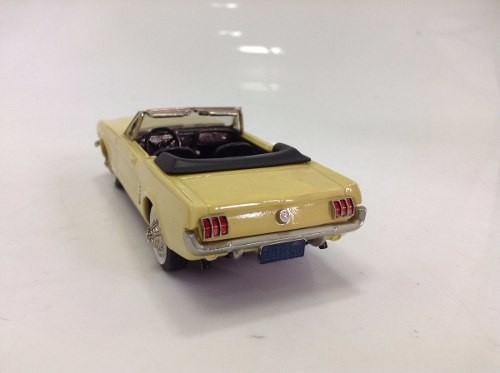 Ford Mustang 1965 Brooklin Models na internet