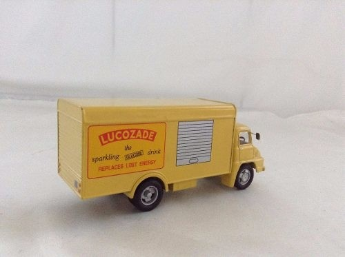 Thames Trader Box Van Lucozade Corgi 1/50 - B Collection