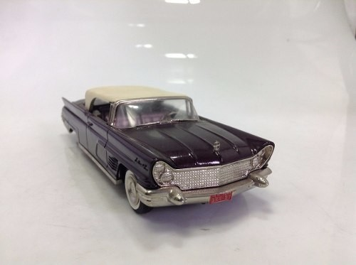 Lincoln Continental Brooklin Models 1/43 - comprar online