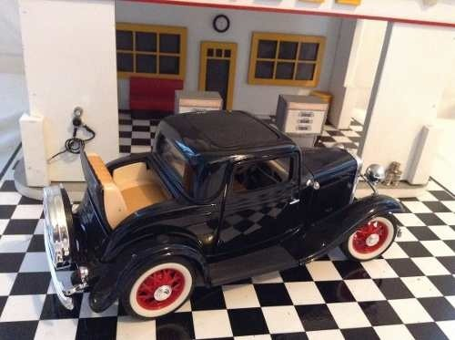 Ford 3 Window 1932 - B Collection