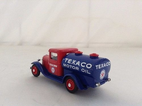 Ford V8 Citerne Texaco na internet