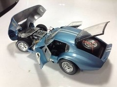 Cobra Daytona Coupe (1964) #6 - Exoto 1/18 - B Collection