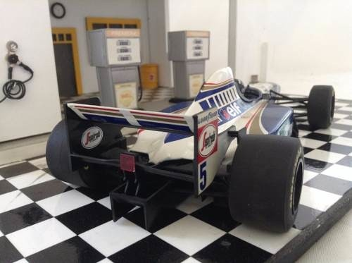 Williams Fw17 1995 Damon Hill Minichamps 1/18 na internet