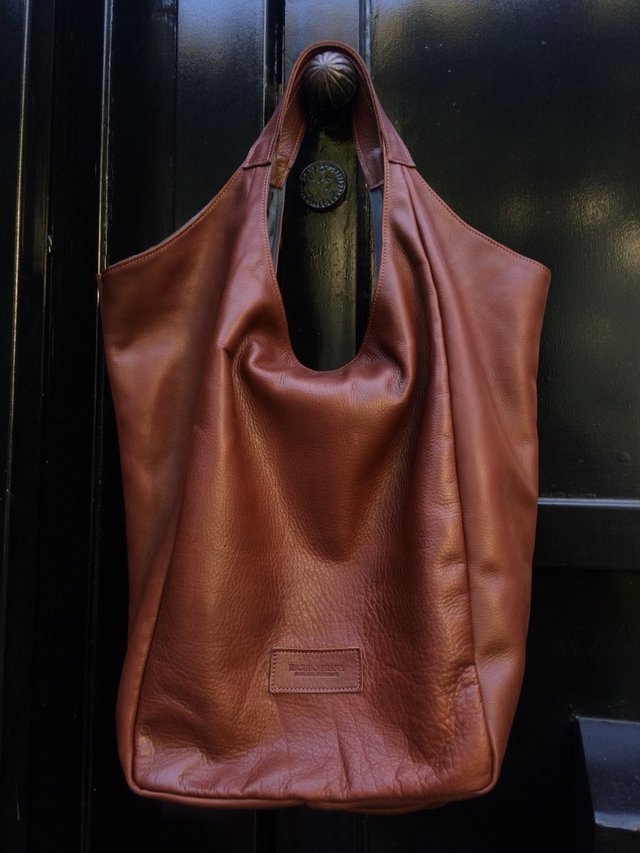 Suela Hobbo Leather Bag