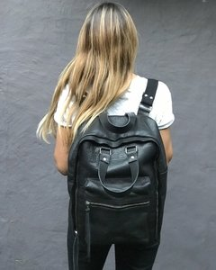 Iron Leather Backpack / Mochila Iron de Cuero en internet