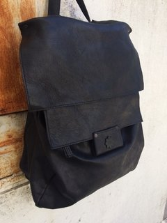 Total Black Backpack en internet