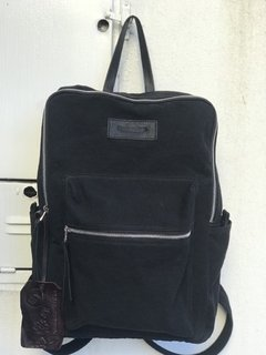 Mochila Iron Black Canvas en internet
