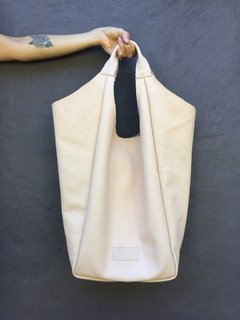 Nude Hobbo Leather Bag
