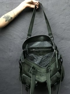 New Model Army Bag en internet