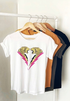 REMERA LEOPARDS