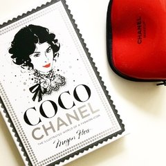 Imagen de COCO CHANEL: The Ilustrated World of a Fashion Icon - Chronicles
