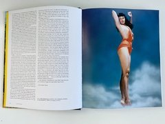 Bettie Page: Queen of Curves-Rizzoli en internet