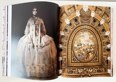 Imagen de FASHION AND VERSAILLES - Flammarion