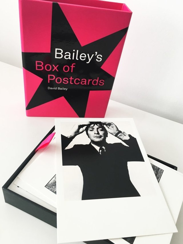 Bailey's Box of Postcards - National Portrait Gallery