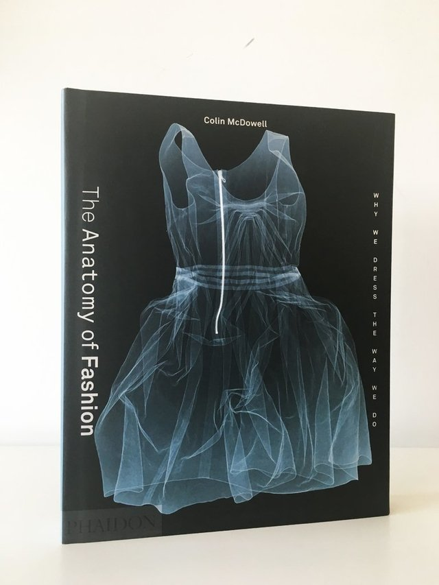 THE ANATOMY OF FASHION - Phaidon