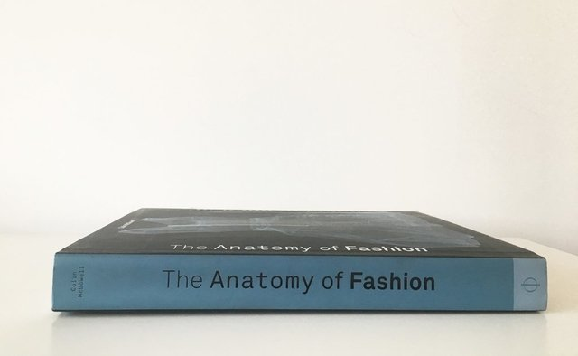 THE ANATOMY OF FASHION - Phaidon - comprar online