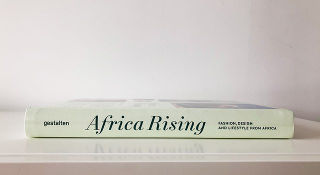 AFRICA RISING:Fashion, Design and Lifestyle from Africa -Gestalten - comprar online