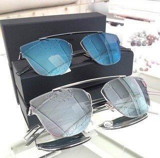 24e08ffe809e0 Comprar Dior em Loira Morena  Azul   Filtrado por Mais Vendidos
