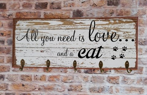Cabideiro GRANDE 20x50 cm - All You Need Is Love and... Dog ou Cat - PoisZé