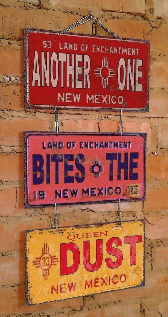 Conjunto 3 Placas Another One Bites The Dust - comprar online