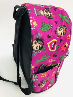 MOCHILA SANDY FRIDA FUCSIA on internet