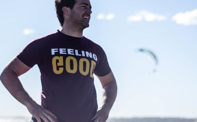 Remera Hombre Feeling Good en internet