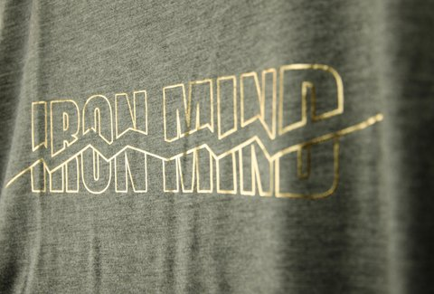 Musculosa Mujer Foil Iron Mind - comprar online