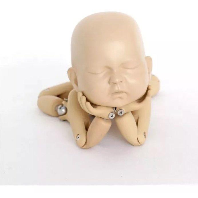 Boneca tipo Waldorf Articulada em crochê - teste | 690x692