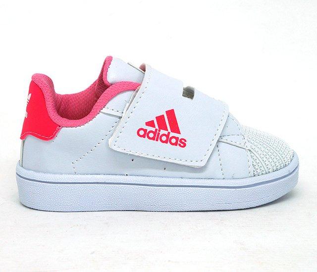 7fcdd56f4ba Tênis Bebê Adidas Velcro Branco e Rosa