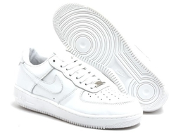 Tênis Nike Air Force 1 Low Branco na internet