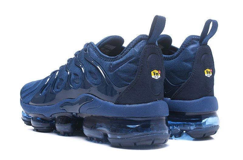 online store d93e4 9be21 Tênis Nike Air VaporMax Flyknit Plus Black Navy Blue (Masculino)