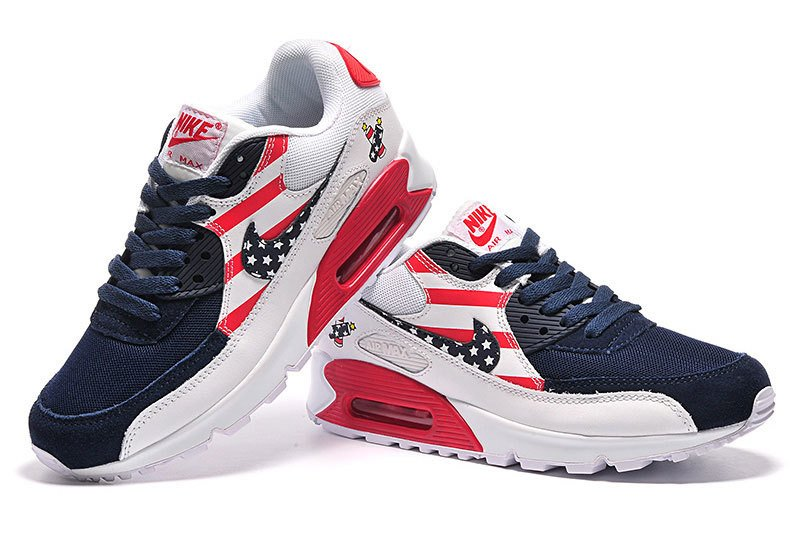 d4a09383ede Tênis Nike Air Max 90 Essential USA (Masculino). 33% OFF. 1