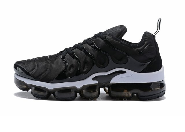 separation shoes cacde fcd6a Tênis Nike Air VaporMax Flyknit Plus Black White (Masculino)