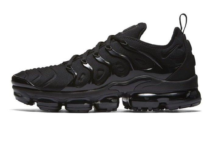 9fd35a3c7e2 Tênis Nike Air VaporMax Flyknit Plus Triple Black (Masculino)
