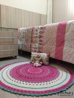 Tapete de crochê redondo rosa , creme e verde água - Bebê Gabriela