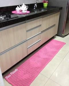 Passadeira de crochê rosa - 5 corações