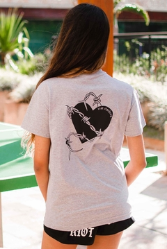 CAMISETA WIRE HEART