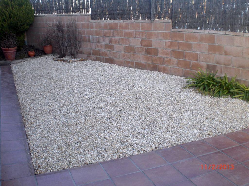 Jardines piedras decorativas piedras decorativas para - Jardin piedras decorativas ...
