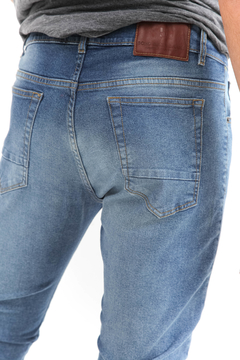 JEAN BASIC BLUE en internet