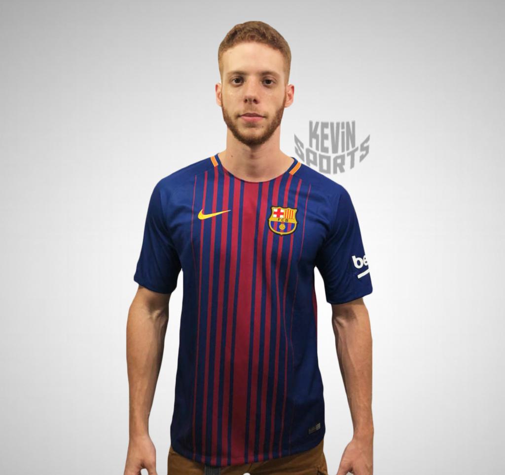 Camisa Barcelona - Modelo Torcedor - 2017 2018 - Nike 52013f5f420