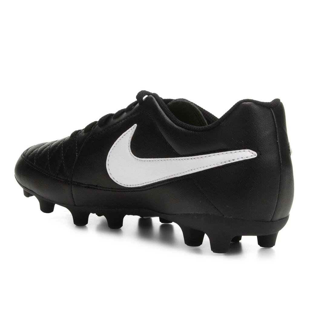 2e8e1305730a3 Chuteira Campo Nike Majestry FG - Preto - comprar online
