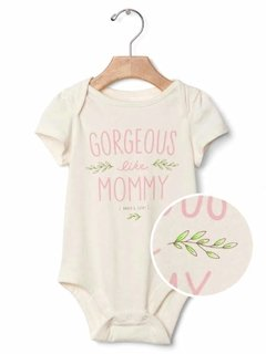 Body GAP Manga Curta Family - Mommy - comprar online