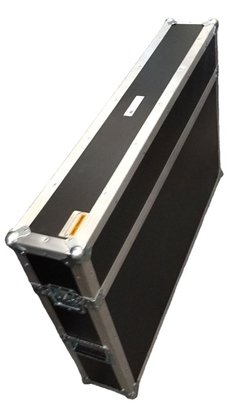 Flight case TV medidas internas uteis 130 X 20 X 95cm altura