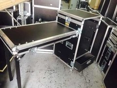 Road Case Rack 10u + Gaveta Com Bancada Lateral