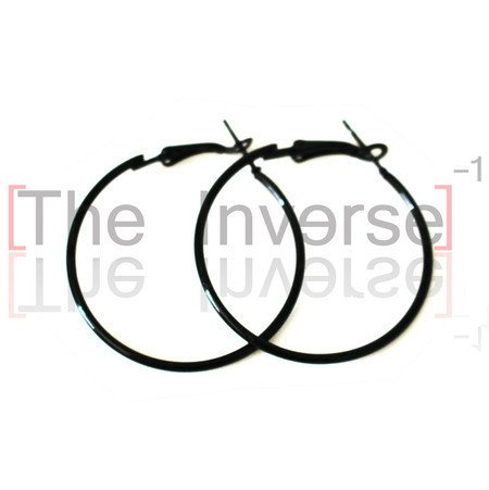 Brinco Black Hoop na internet