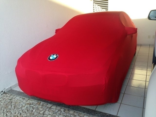 Capa BMW 220i na internet