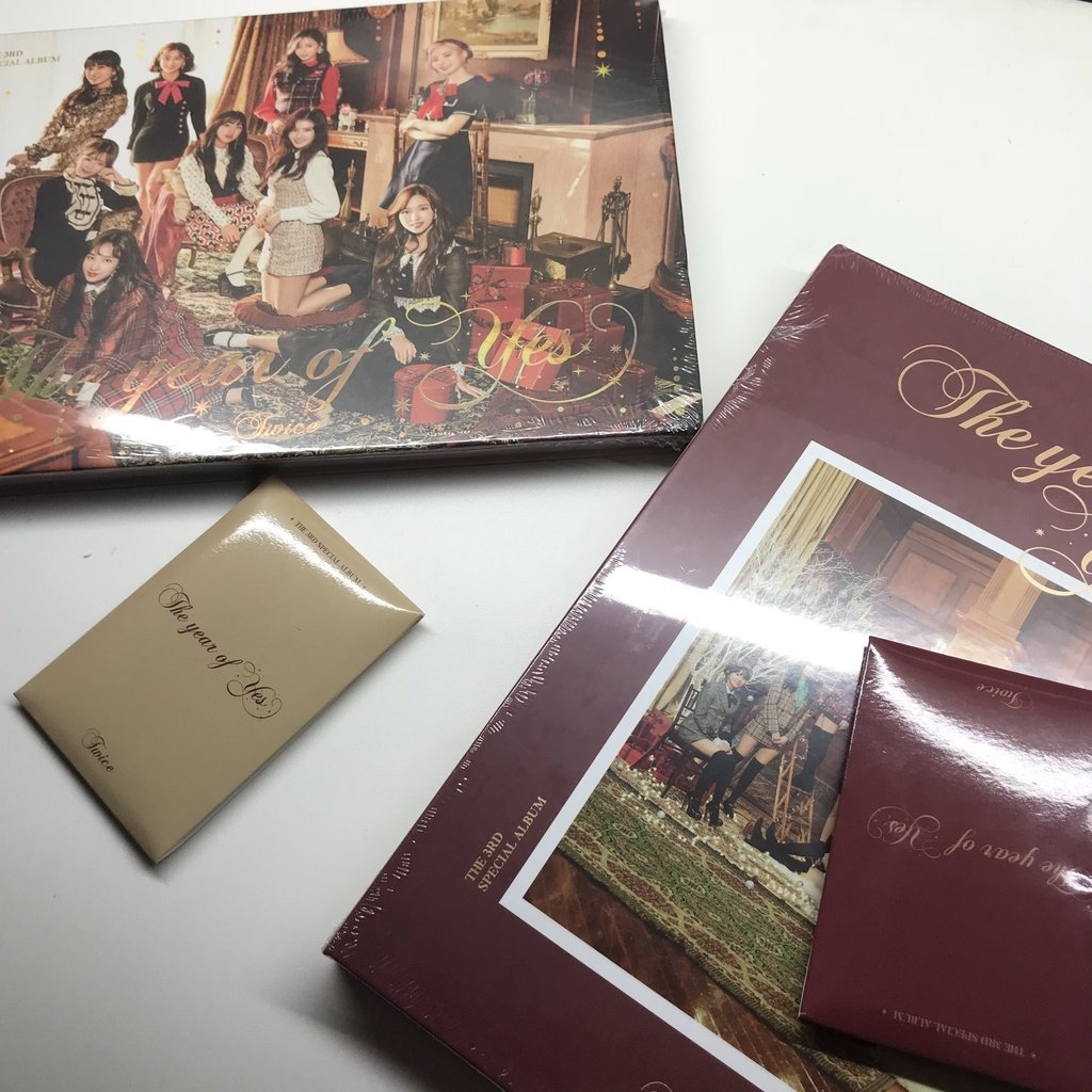 PRONTA-ENTREGA] The Year Of Yes - Twice - EX'ACT Store