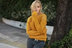 Sweater tachas BUNDY - comprar online