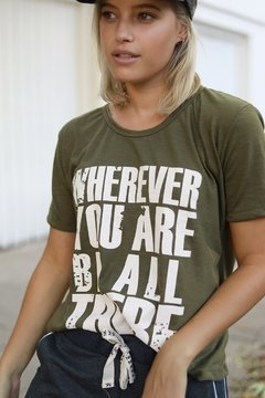 Remera BE ALL THERE - comprar online