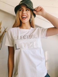 Remera ELECTRIC LOVE - comprar online
